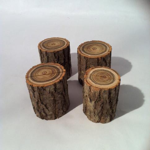 b chettes porte menu d coration table de mariage d coration maison rondelles de bois en ligne. Black Bedroom Furniture Sets. Home Design Ideas